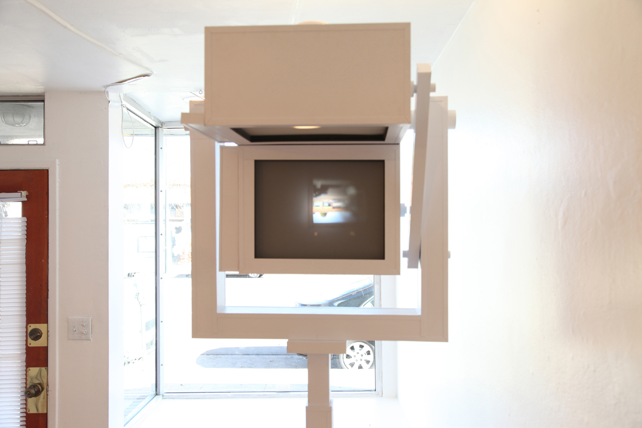 "Genevieve Quick, ""Vertigraphy at 90 degrees"", multi-lens camera, 2014. Courtesy of the artist and the gallery."