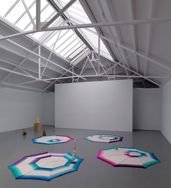 Jennifer Tee, Heart Ferment, installation view. Photo by Gert Jan van Rooij.  Courtesy of Galerie Fons Welters.