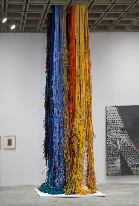 02_Sheila Hicks, Pillar of Inquiry:Supple Column, 2013-14 (installation view, Whitney Museum of American Art, New York). Collection of the artist; courtesy Sikkema Jenkins & Co., New York. Photograph by Bill Orcutt