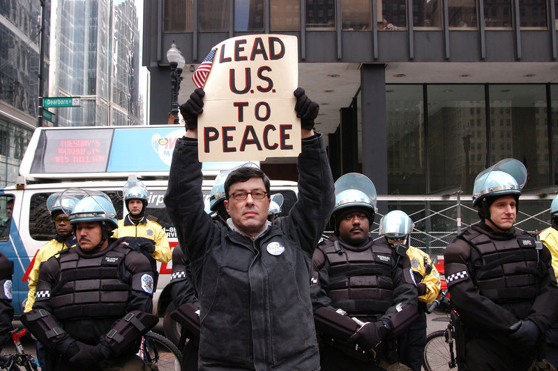 Joeff Davis, Malachi Ritscher, Iraq War Protest, Chicago, 2003. Courtesy the artist. Included in the project Malachi Ritscher by Public Collectors.