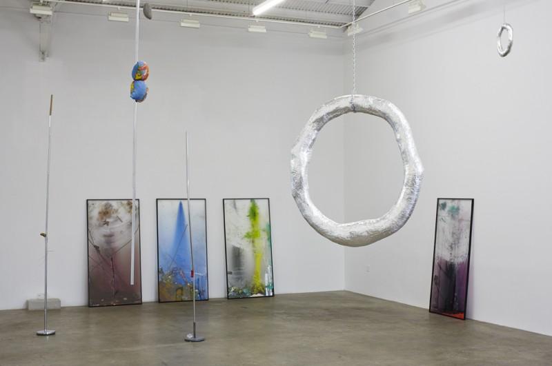 Installation view. Courtesy of Mihai Nicodim Gallery.