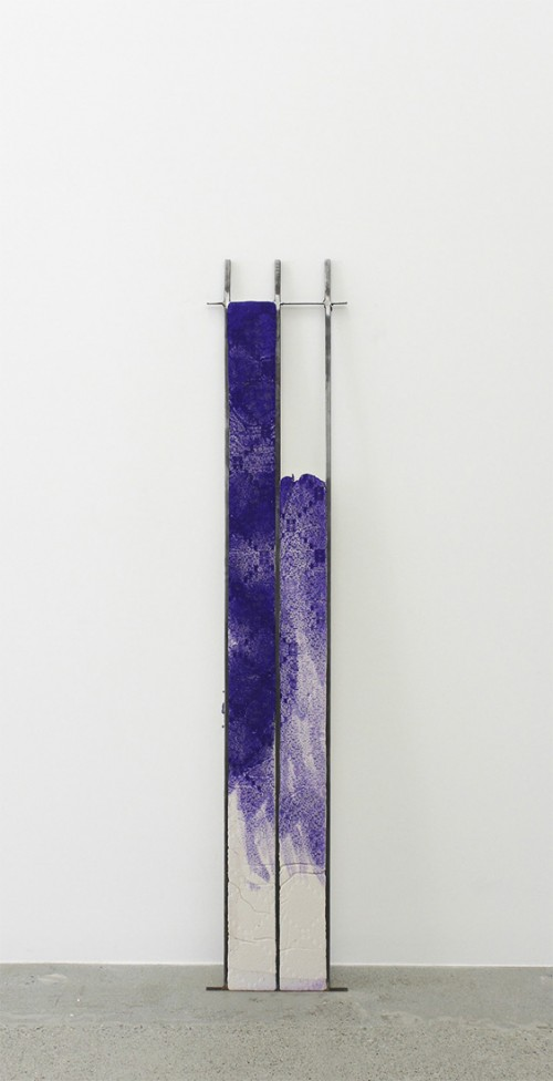 Ruairiadh O'Connell, Untitled, Steel, jesmonite and dye, 71 1/2 x 13 inches, 2014.