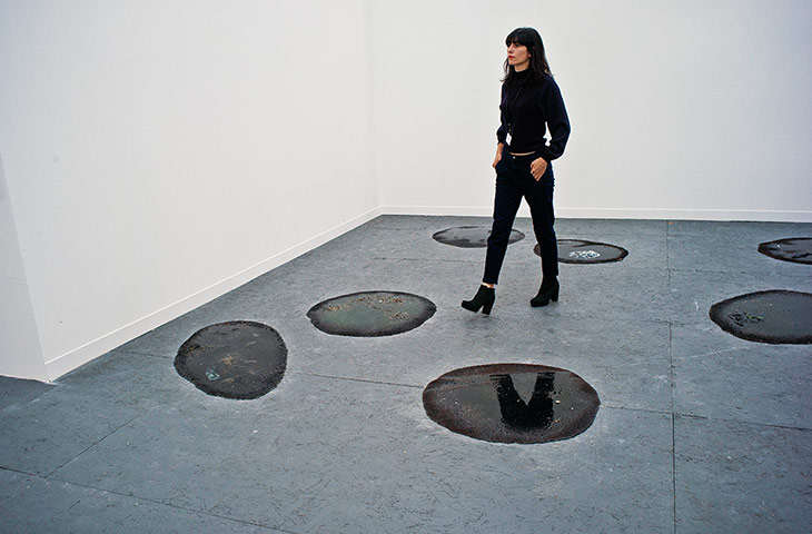 "Marlie Mul, ""Untitled,"" (2013). Installation view at Fluxia Gallery. Courtesy of the Internet."