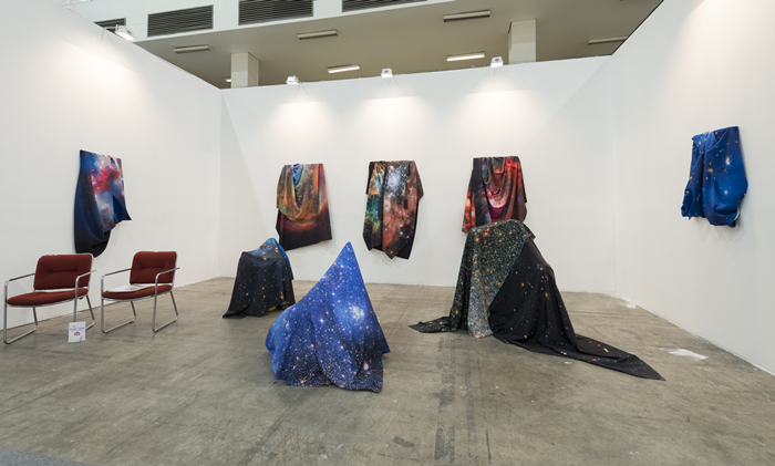 ltd los angeles (Los Angeles), exhibiting Michael Linares, at Zona Maco 2014. Courtesy of Zona Maco