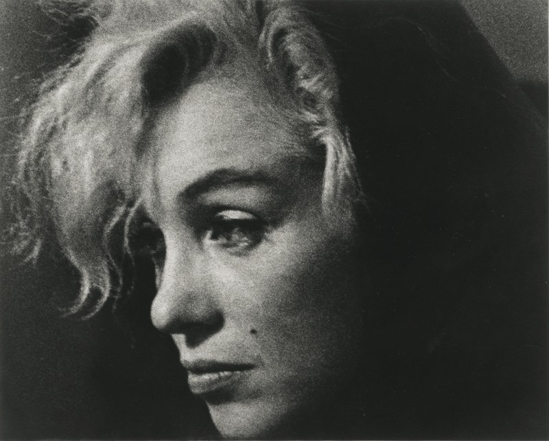 "Arnold Newman, ""Marilyn Monroe, actress and singer,"" Beverly Hills, California, 1962. Gelatin silver print. 14 ¾  x 16 ¾ in. Courtesy of the Contemporary Jewish Museum, San Francisco."