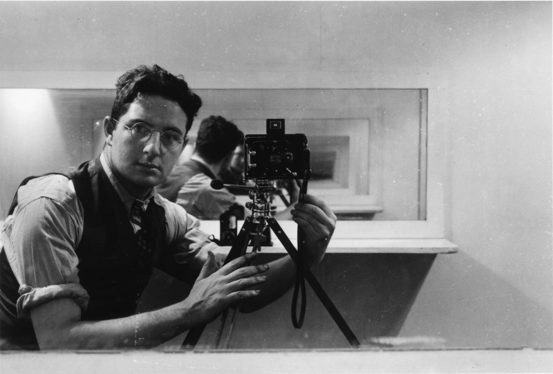 "Arnold Newman, ""Self‐portrait,"" Philadelphia, 1938. Gelatin silver print. 14 ¾ x 16 ¾ in. Courtesy of the Contemporary Jewish Museum, San Francisco."