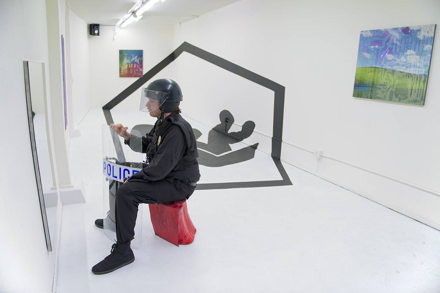 """James Cordas, """"a, dog I'm holding undermy arm with Its head pointed behind me,"""" installation view, 2015. Image courtesy of et al. gallery and the artist."""