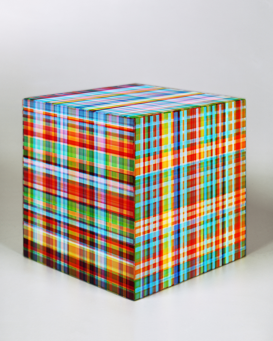 """Jessica Eaton. """"Homage to Tartan Ribbon,"""" 2014. Archival pigment print 50 x 40 inches. Courtesy of the artist and M+B Gallery, Los Angeles"""