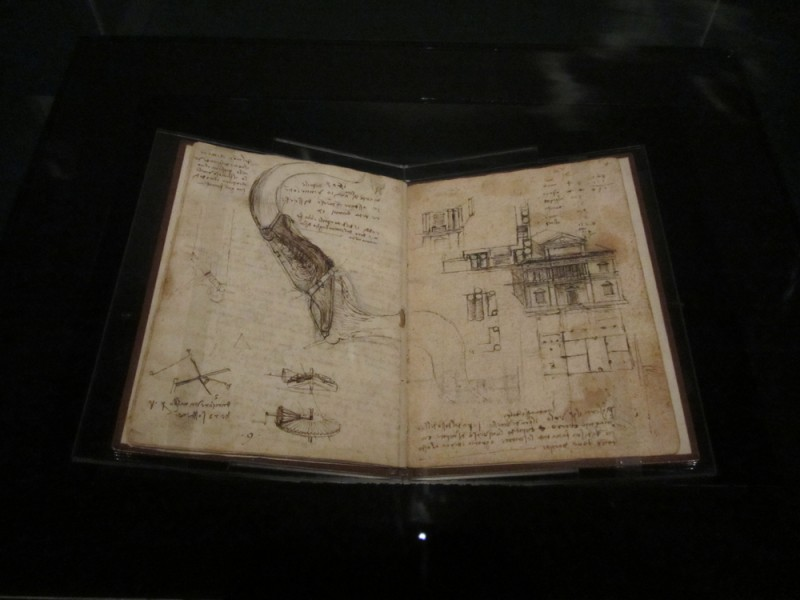 Leonardo da Vinci Codex on the Flight of Birds 1452-1519 sepia ink and sanguine on paper Biblioteca Real, Turin, Italy. Photo Credit: Kimberlee Córdova