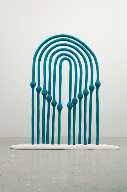 Matthew Ronay, Digestive Gate, 2013. Basswood, dye, shellac-based primer, 190.5 x 182.9 x 20.3 cm. Courtesy of Nils Stærk.