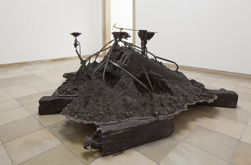 "Matthew Barney. ""Canopic Chest,"" 2009–11. Cast bronze, 73 1/2 × 165 × 243 in., installation view of Matthew Barney: RIVER OF FUNDAMENT at Haus der Kunst, 2014, courtesy of the artist and Gladstone Gallery, New York and Brussels, photo by Maximilian Geuter."