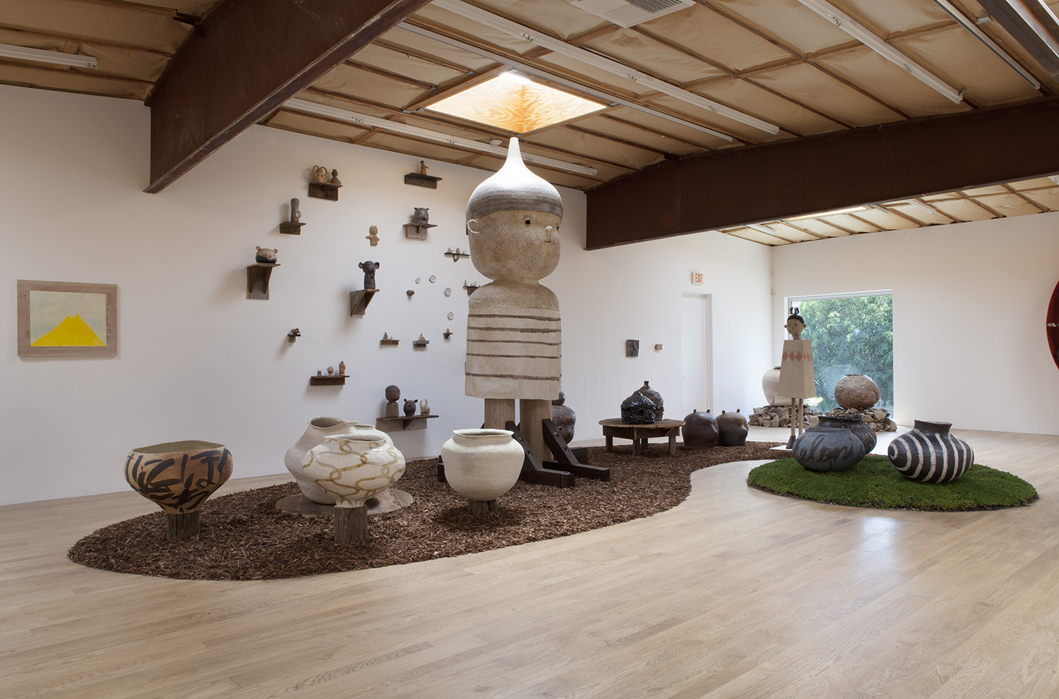 Kazunori Hamana, Yuji Ueda, and Otani Workshop. Installation view, 2015. Blum & Poe, Los Angeles