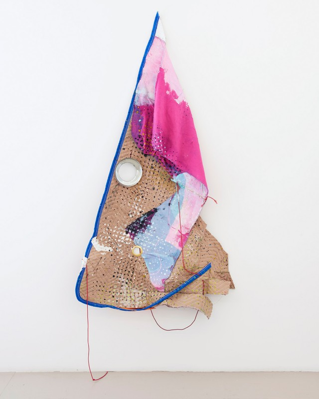 Eric Mack, Avonte, 2015. Acrylic on moving blanket and felt blanket with elastic rope and metal grommets, 81 × 72 × 7 inches. Courtesy of the artist, Company Gallery, and the Studio Museum in Harlem.