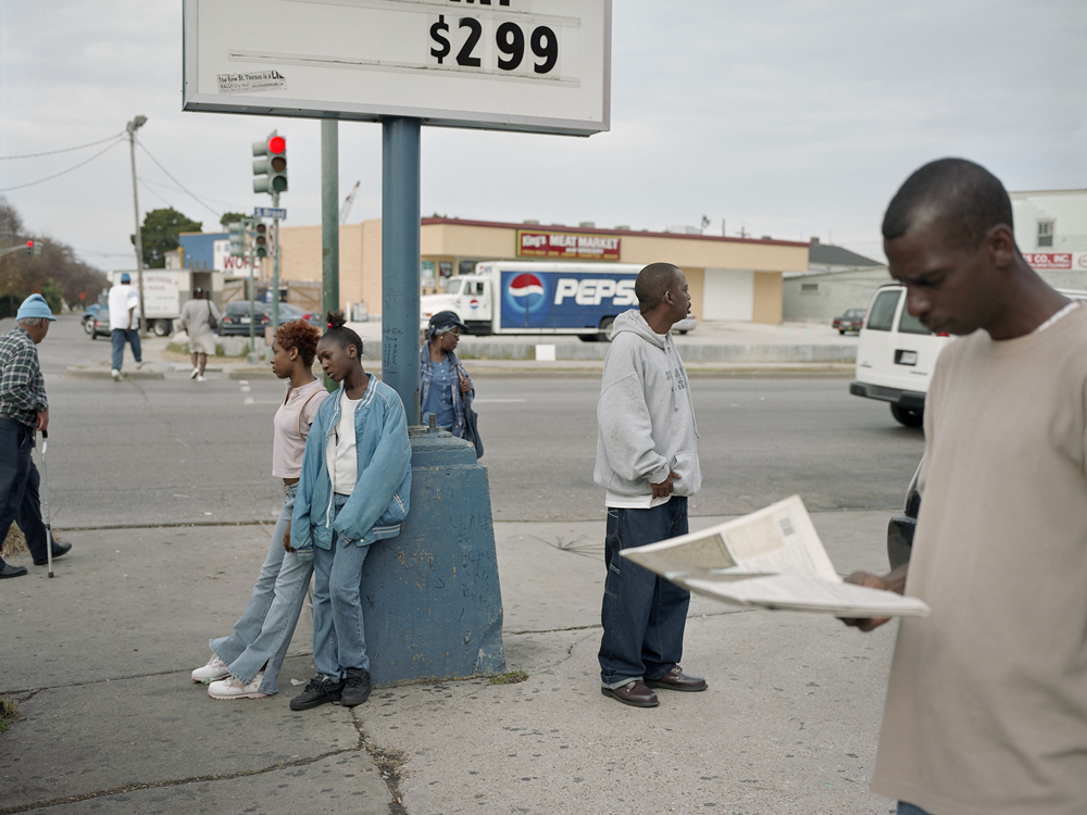 Paul Graham, New Orleans (Cajun Corner), from the series a shimmer of possibility, 2005. ©Paul Graham, Courtesy Pace and Pace/MacGill Gallery, New York