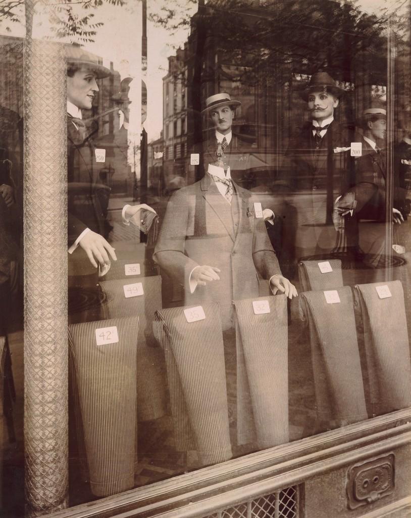 Eugène Atget, Avenue des Gobelins, 1927. Albumen silver print from glass negative, 8 5/8 x 6 13/16 inches. Courtesy of the Internet.