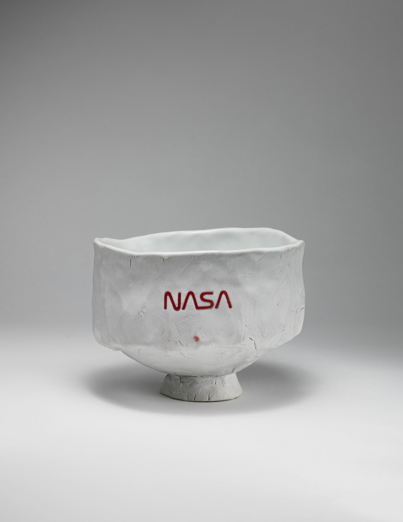 Tom Sachs, Freeda, 2014. English porcelain, high fire reduction, Temple white glaze, NASA Red engobe inlay, 3.375 x 4.5 x 4.125 inches.