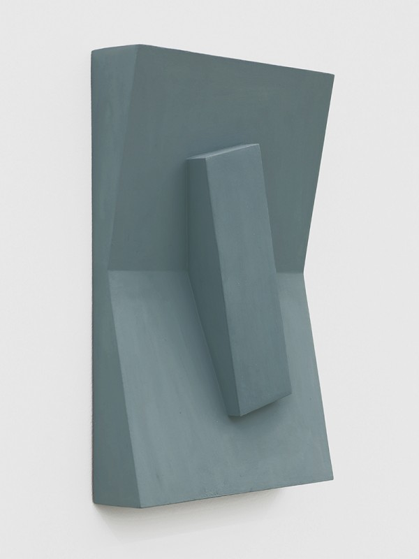 Noam Rappaport, Untitled, 2015. Acrylic on wood and aluminum, 15 ¼ x 10 ¾ x 2 inches. Courtesy of Ratio 3