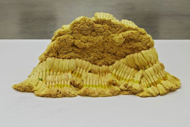 Sheila Hicks, Banisteriopsis II, 1965 – 1966 / 2010. Linen and wool, dimensions variable. Collection of The Institute of Contemporary Art, Boston. Gift of the artist in honor of Jenelle Porter, 2012.26. Photograph by Charles Mayer. Courtesy of Hauser Wirth & Schimmel.