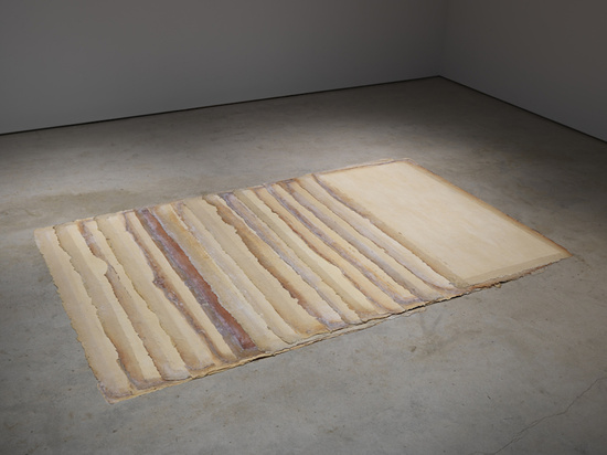 Eva Hesse, Augment, 1968. Latex, canvas, installation variable: 17 units, each 78 x 40 inches. Private Collection. © The Estate of Eva Hesse. Photograph by Genevieve Hanson. Courtesy of Hauser Wirth & Schimmel.
