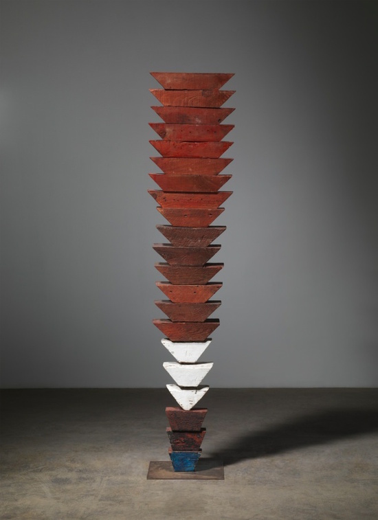 Louise Bourgeois, Untitled (The Wedges), 1950. Wood, paint, and stainless steel, 63 x 13 1/2 x 12 inches. Collection of The Easton Foundation © The Easton Foundation / Licensed by VAGA, New York. Photograph by Christopher Burke. Courtesy of Hauser Wirth & Schimmel.