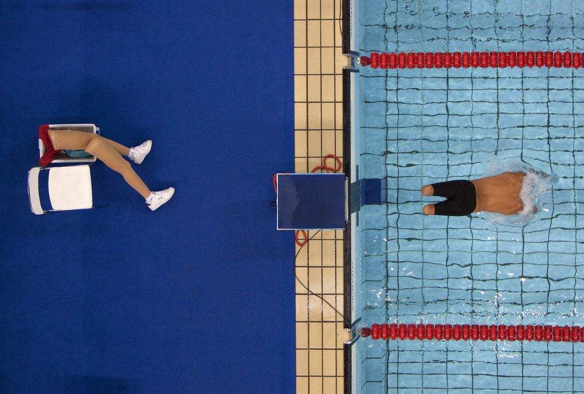 Bob Martin (British, born 1959), Avi Torres of Spain sets off at the start of the 200m freestyle heats, Paralympic Games, Athens, September 1, 2004, printed 2016. Inkjet print, 14 x 9½ in. (35.6 x 24.1 cm). Courtesy of Bob Martin/Sports Illustrated and the Brooklyn Museum.