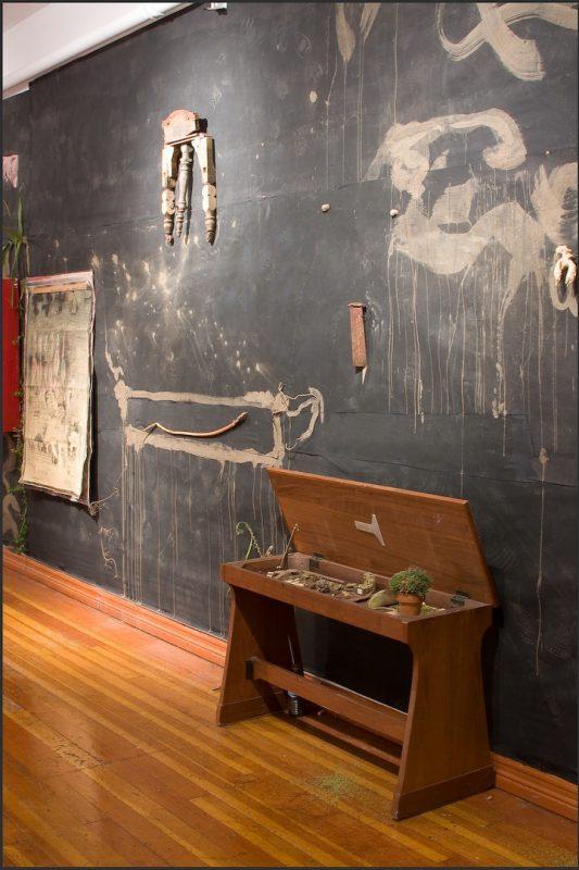 Rolando Castellon, Muro VIII, 2008-16. Mixed media installation. Photo courtesy of the artist.